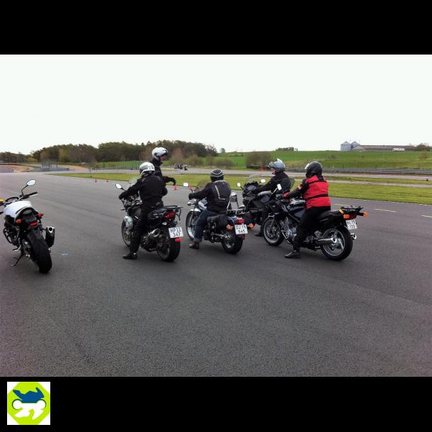 Sikkerpå2Hjul Køreteknisk kursus fredag den 28. maj 2021 kl.16:00-20:00